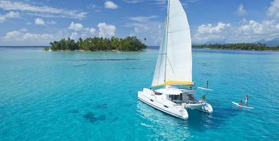 Tahiti Yacht Charter Paddleboarding 2000x1200 (3)_33736.jpeg
